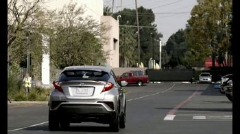 Toyota CH-R TV Spot, 'Five Stars' Featuring Mitch Leslie, Robert Kirkbride [T1] - Thumbnail 10