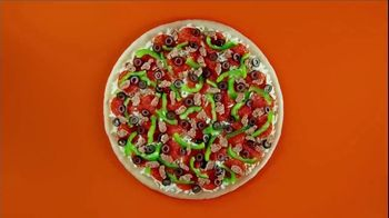 Little Caesars EXTRAMOSTBESTEST Pizza TV Spot, \'Outrageously Topped\'