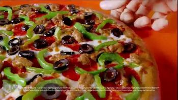Little Caesars EXTRAMOSTBESTEST Pizza TV Spot, 'Outrageously Topped' - Thumbnail 4