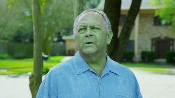 Spray & Forget TV Spot, 'Turning Green' - Thumbnail 1