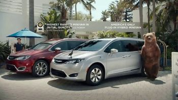 Chrysler Memorial Day Sales Event TV Spot, 'Put Out a Tweet' [T2]