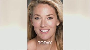 AMLA GLOW TV Spot, 'The Secret to Facial Rejuvenation' Feat. Elaine Irwin - Thumbnail 5