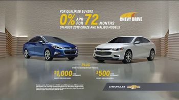 Chevrolet Memorial Day Chevy DriveEvent TV Spot, 'All of the Features'  [T2] - Thumbnail 7