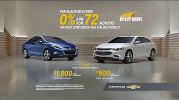 Chevrolet Memorial Day Chevy DriveEvent TV Spot, 'All of the Features'  [T2] - Thumbnail 8