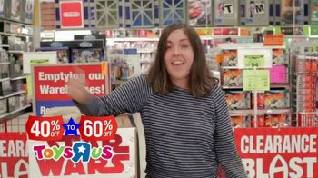 Toys R Us Going Out of Business Liquidation TV Spot, 'Everything Must Go' - Thumbnail 5