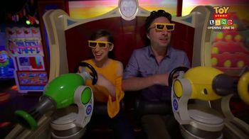 Walt DIsney World TV Spot, 'ABC: Toy Story Land' Ft. Zach Braff, Eden Sher - Thumbnail 7