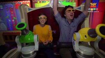 Walt DIsney World TV Spot, 'ABC: Toy Story Land' Ft. Zach Braff, Eden Sher - Thumbnail 8