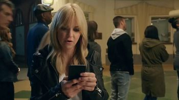 Atom Tickets TV Spot, 'Anna Faris Goes to the Movies' - Thumbnail 5