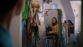 Coca-Cola TV Spot, 'Ben Shares With Nick's Sister' - Thumbnail 4