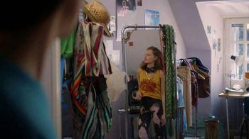 Coca-Cola TV Spot, 'Ben Shares With Nick's Sister' - Thumbnail 5