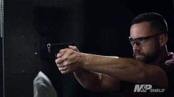 Smith & Wesson M&P Shield M2.0 TV Spot, 'Slim and Bright' - Thumbnail 2