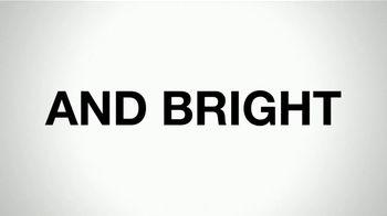 Smith & Wesson M&P Shield M2.0 TV Spot, 'Slim and Bright' - Thumbnail 4