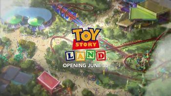 Walt Disney World TV Spot, 'ABC: Toy Story Land: Woody' Feat. Zach Braff - Thumbnail 10