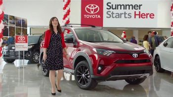 Toyota Summer Starts Here TV Spot, 'Beach Ball' [T2] - Thumbnail 3