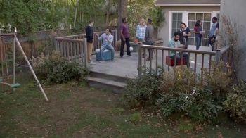 Lowe's Memorial Day Savings TV Spot, 'The Moment: Good Backyard: Mulch' - Thumbnail 1