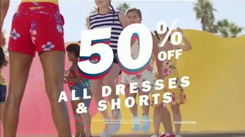 Old Navy TV Spot, 'Jump Into Summer With Old Navy: 50 Percent Off' - Thumbnail 6