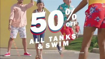 Old Navy TV Spot, 'Jump Into Summer With Old Navy: 50 Percent Off' - Thumbnail 7