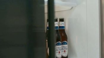 Michelob ULTRA TV Spot, 'Superior Light Beer' - Thumbnail 1