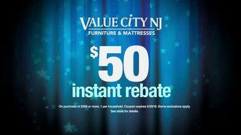 Value City Furniture Memorial Sale TV Spot, 'Five Piece Bedroom' - Thumbnail 6