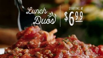 Olive Garden Lunch Duos TV Spot, 'Meatball Pizza Bowl' - Thumbnail 3