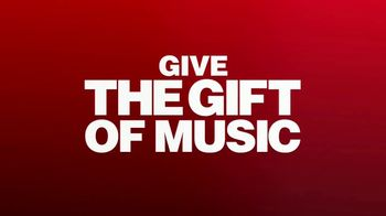 Guitar Center TV Spot, '2018 Holidays: Drum Set and Stick Pack' Song by Anderson .Paak - Thumbnail 10