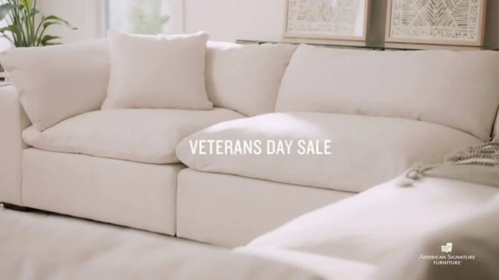 American Signature Furniture Veterans Day Sale TV Commercial, 'Military Personnel'