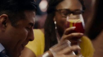 TGI Fridays TV Spot, 'Holiday Feast for $20 at TGI Fridays' - Thumbnail 4
