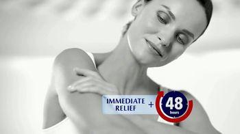 Eucerin Advanced Repair Lotion TV Spot, '48-Hour Moisture' - Thumbnail 7