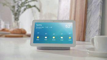 Google Home Hub TV Spot, 'A Glance: Cutdown' Song by Jacqueline Taïeb - Thumbnail 7
