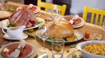 H-E-B Meal Simple TV Spot, 'Holiday Magic Friendsgiving' - Thumbnail 5