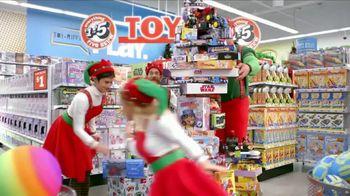 Five Below TV Spot, '2018 Holidays: Santa's Helpers' - Thumbnail 6
