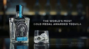 Herradura TV Spot, 'Most Gold Medal Awarded Tequila' Song by MIKNNA - Thumbnail 9