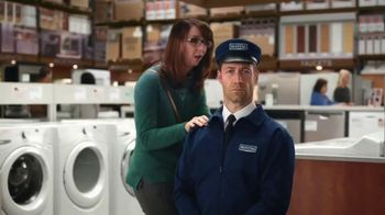 Maytag TV Spot, 'Eye Candy: HE Washer and Electric Dryer' Featuring Colin Ferguson - Thumbnail 2