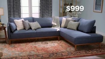 Macy's Veterans Day Sale TV Spot, 'Sectionals, Storage Beds and Sofas' - Thumbnail 4
