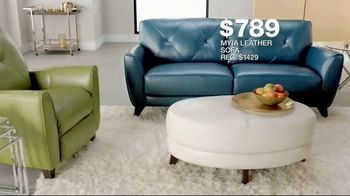 Macy's Veterans Day Sale TV Spot, 'Sectionals, Storage Beds and Sofas' - Thumbnail 7