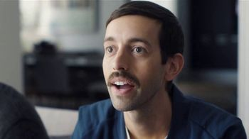 Samsung QLED 4K TV TV Spot, 'The Face of a Man Who Needs to Sneeze' - Thumbnail 3