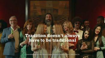Heineken TV Spot, 'Holiday' Song by Dean Martin - Thumbnail 9