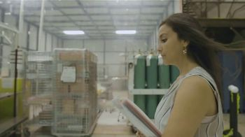 TECHNOLOchicas TV Spot, 'Margaret Z. Domínguez: ingeniera óptica' [Spanish] - Thumbnail 5