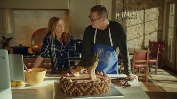 Portal from Facebook TV Spot, 'Empty Nesters' Featuring Howie Long, Terry Bradshaw - Thumbnail 9