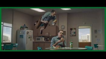Subway Ultimate Cheesy Garlic Bread TV Spot, 'An Out-of-Sandwich Experience' - Thumbnail 4