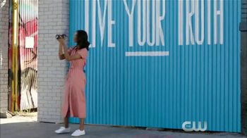 Microsoft Surface TV Spot, 'The CW: Staying Connected' Featuring Greta Onieogou - Thumbnail 9