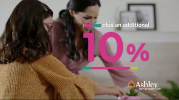 Ashley HomeStore Black Friday Sale TV Spot, 'Extended: Norrister and Sciolo' Song by Midnight Riot - Thumbnail 5