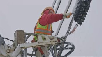 Armstrong One Wire TV Spot, 'Winter Service' - Thumbnail 5