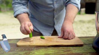 Sur La Table TV Spot, 'Scraps: Pepper Seeds' Featuring Joel Gamoran - Thumbnail 6