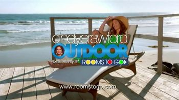 Rooms to Go Cindy Crawford Outdoor Furniture Collection TV Spot, 'Outdoor Furniture' Featuring Cindy Crawford, Song by Sheryl Crow - Thumbnail 10