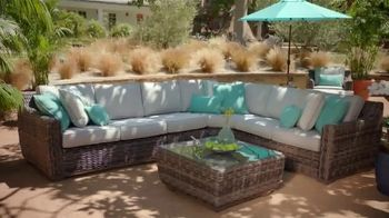 Rooms to Go Cindy Crawford Outdoor Furniture Collection TV Spot, 'Outdoor Furniture' Featuring Cindy Crawford, Song by Sheryl Crow - Thumbnail 6