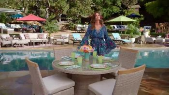 Rooms to Go Cindy Crawford Outdoor Furniture Collection TV Spot, 'Outdoor Furniture' Featuring Cindy Crawford, Song by Sheryl Crow - Thumbnail 7