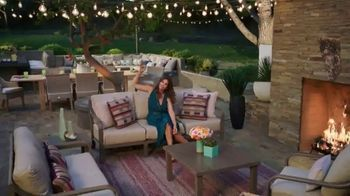 Rooms to Go Cindy Crawford Outdoor Furniture Collection TV Spot, 'Outdoor Furniture' Featuring Cindy Crawford, Song by Sheryl Crow - Thumbnail 8