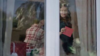 Hallmark TV Spot, 'Warm Their Hearts' - Thumbnail 3