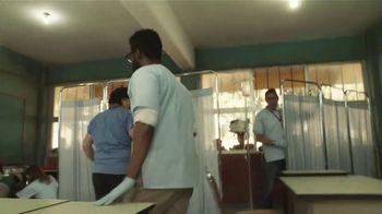 Clorox TV Spot, 'Cuidadores: doctor, papá' [Spanish] - Thumbnail 6
